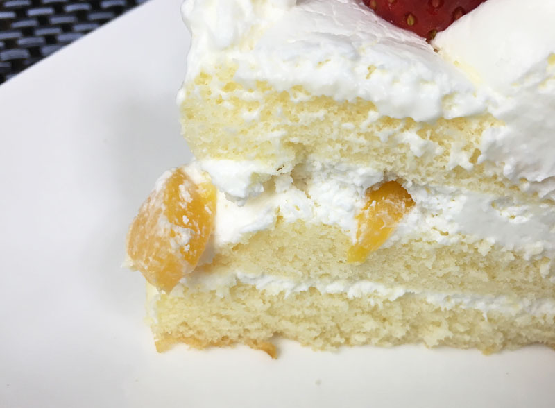 ローソン 生ケーキ4号中味