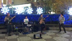 ミチノウエ 路上ライブパフォーマンス