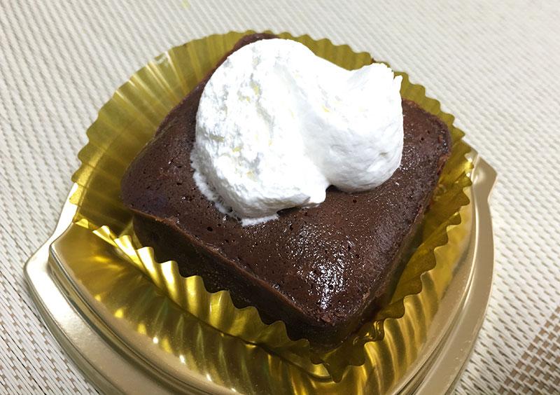 ファミマ 人気のケンズカフェ テリーヌガトーショコラ美味しい