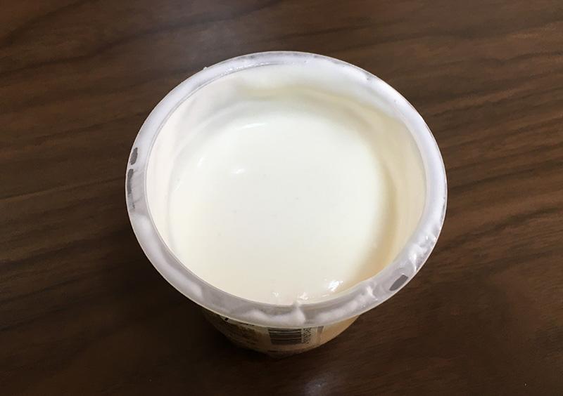 シャトレーゼのプレミアムプリンはクリームたっぷり とろとろプリン