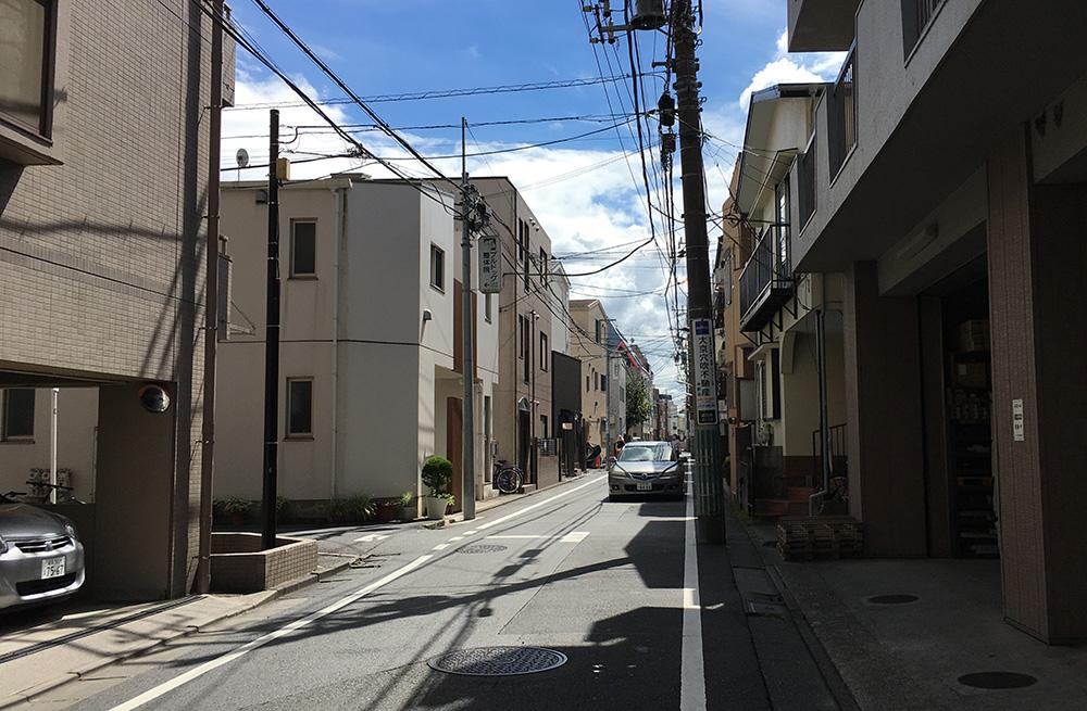 とんかつ成蔵 成田東四丁目から右に入った道